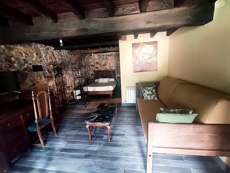 interior-del-loft-apartamento-rural